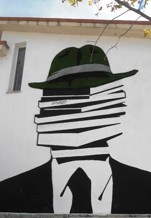 Hombre Libro Torrelodones. www.milesdetextos.com